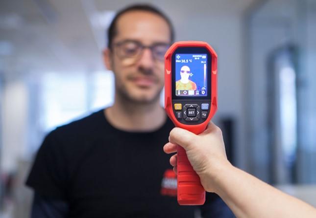 Academias optam por cameras termograficas
