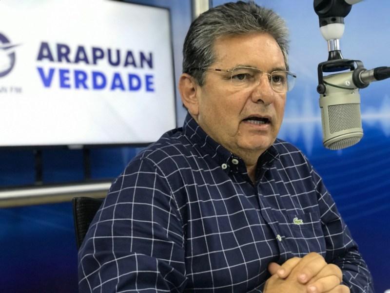 Adriano Galdino parabeniza João por entregar hospital para combater Covid-19