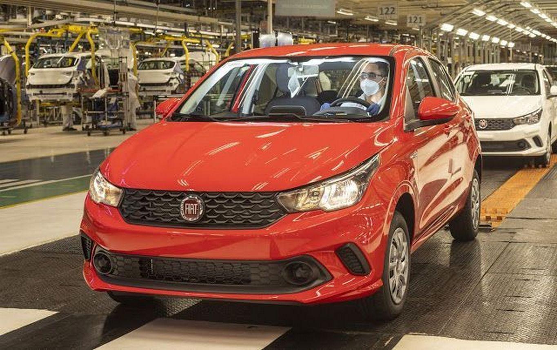 Fiat e Jeep retomam produção