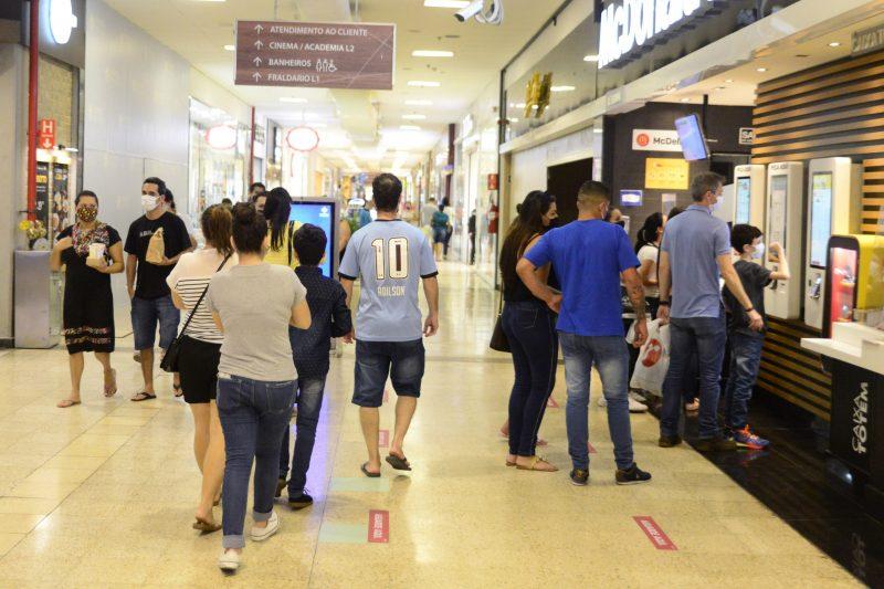 Shopping registra pouco movimento